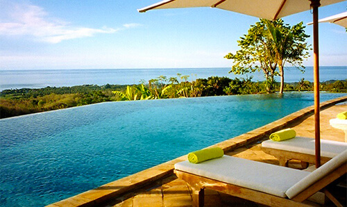 Infinity zwembad Villa Bali Breeze Lovina