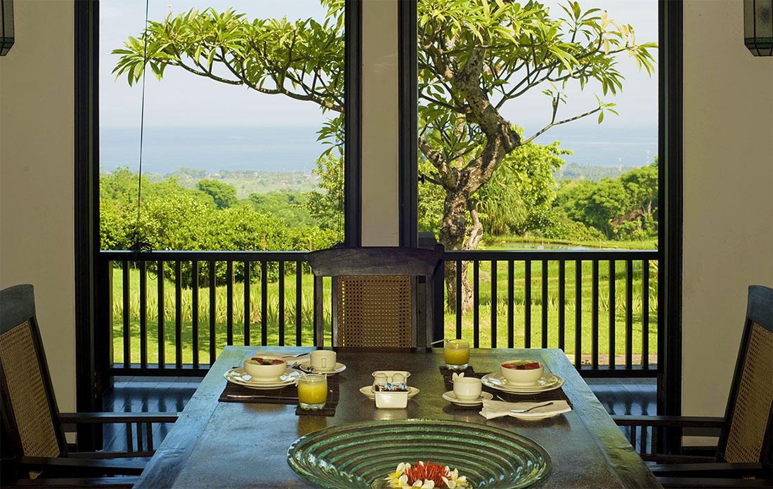 Ontbijt met uitzicht in de privacy van uw eigen vakantiewoning op Bali.