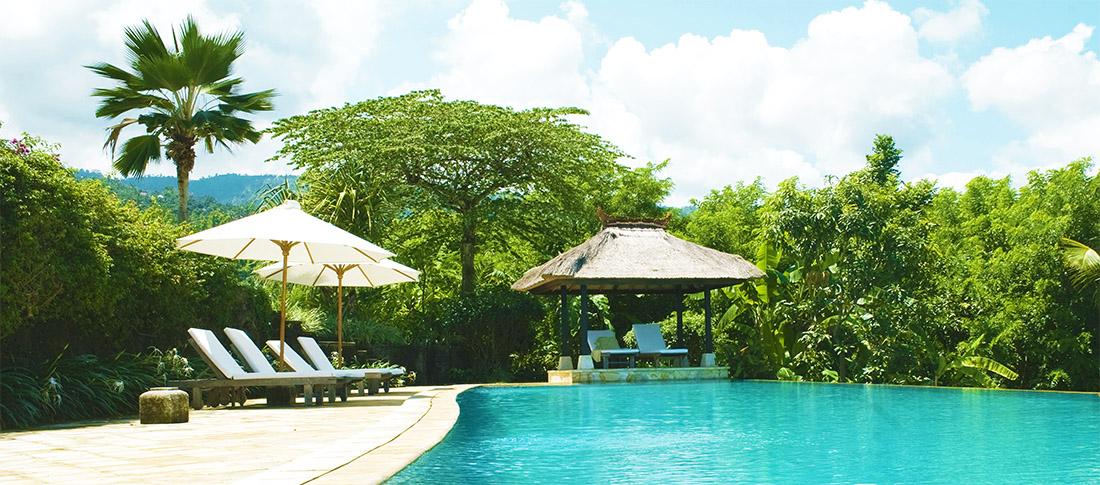 Infinity pool Villa Bali Breeze Lovina